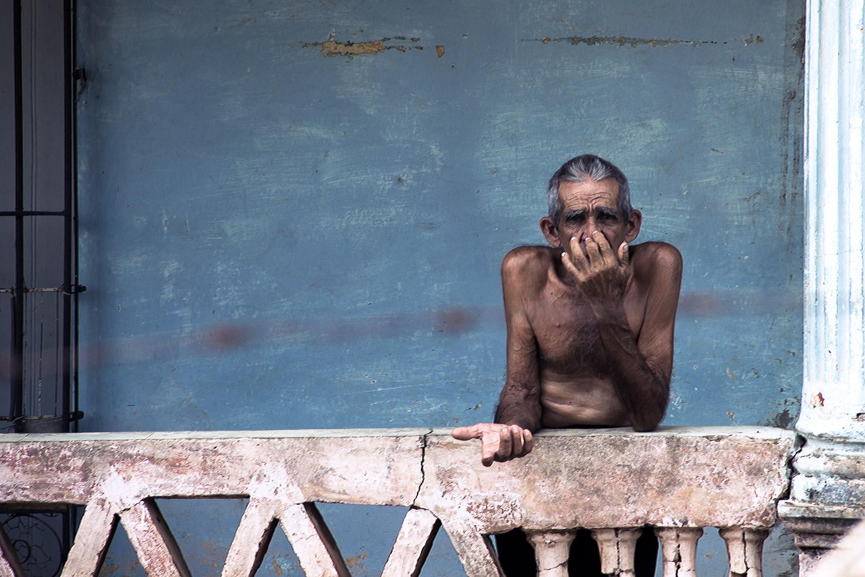 Old man in Trinidad de Cuba
