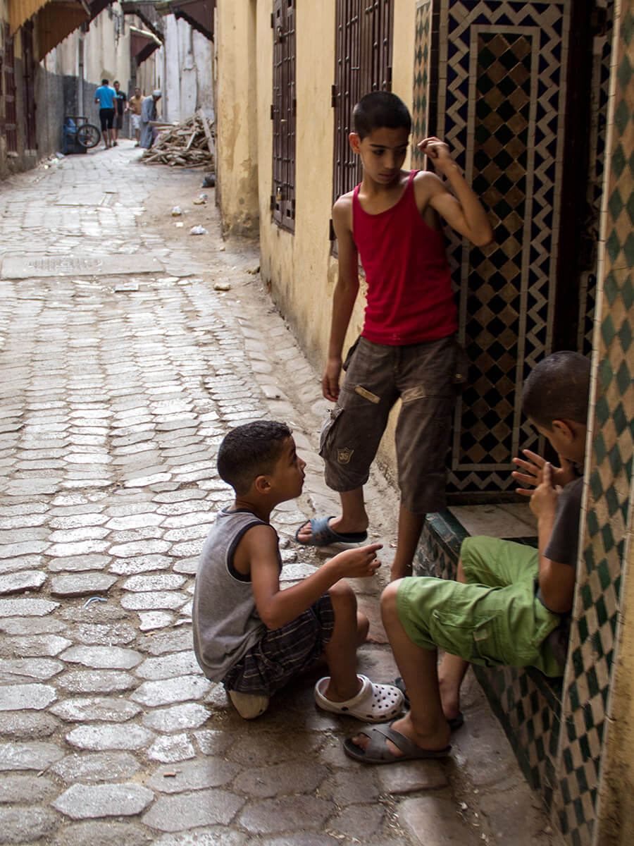 Kids in the streets of Fes