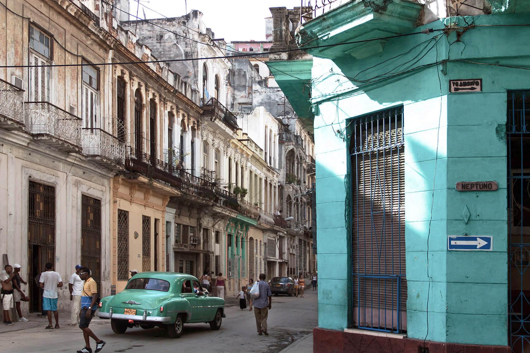 Havana Aqua Color