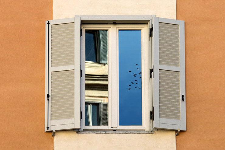 Reflecting Windows